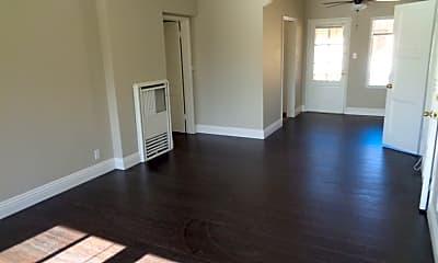 Living Room, 801 E 46th St, 1