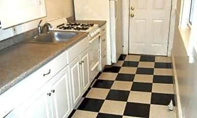 Kitchen, 25 Grant St, 2