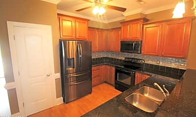 Kitchen, 2300 Dovedale Dr B, 1