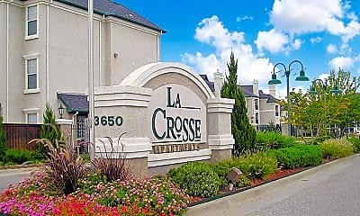 LaCrosse Apartments & Carriage Homes, 0