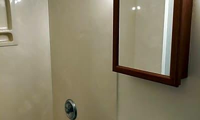 Bathroom, 992 Warren St, 2