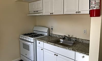 Kitchen, 1100 Arizona St SE, 1