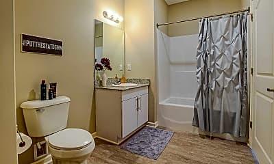 Bathroom, Monarch 716 - Per Bed Leases, 2