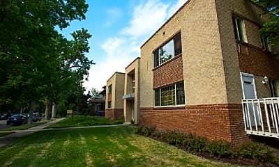 Building, 1200 St Paul St, 1