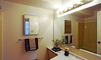 Bathroom, Fox Club Apartments, 2