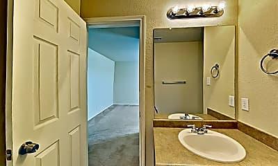 Bathroom, 843 Six Iron, 2