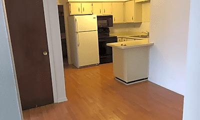 Kitchen, 1120 S Lorraine Rd, 1