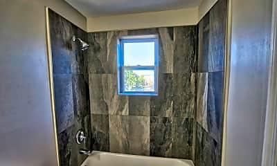 Bathroom, 3905 Alabama Ave, 2