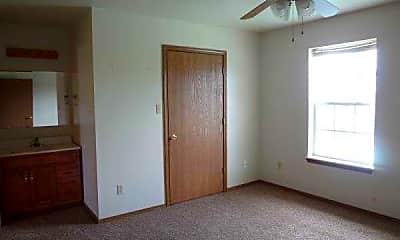 Bedroom, Cedar Creek Village, 2