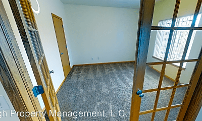 Living Room, 5615 Muirfield Dr SW, 2