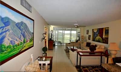 Living Room, 3510 Oaks Way 405, 0