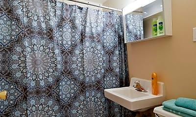 Bathroom, Oakview Apartments, 2