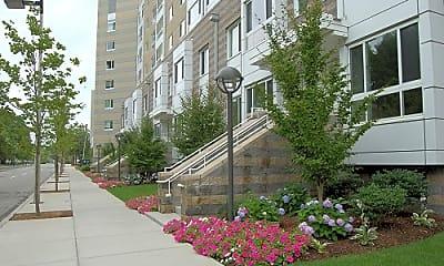 Peninsula Apartments, 2