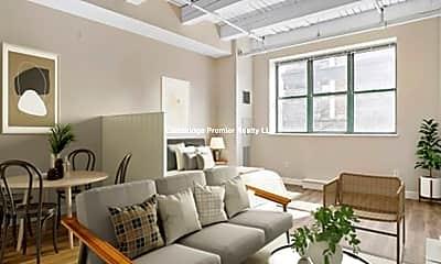 Living Room, 129 Franklin St, 1