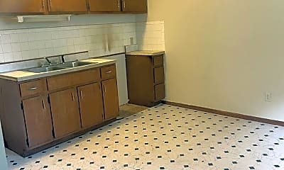 Kitchen, 739 Lodge Ave, 1