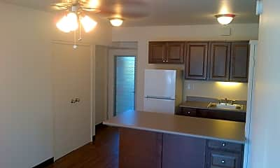 Kitchen, 1303 Dominis St, 1