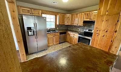 Kitchen, 737 NW 32nd St, 1