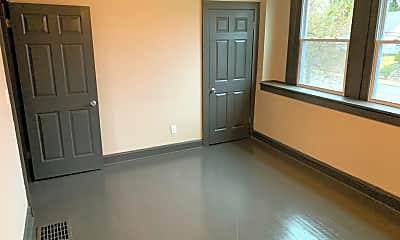 Bedroom, 2059 E 5th Ave, 2