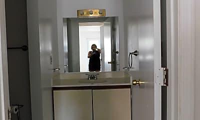 Bathroom, 722 Lesner Ave, 2