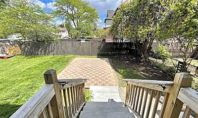 Patio / Deck, 218 N 17th St, 2