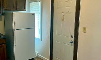 Kitchen, 213 N Fairfax Ave, 1
