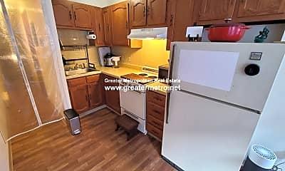 Kitchen, 45 Charter St, 1