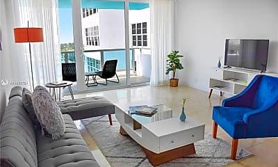 Living Room, 5101 Collins Ave U, 1
