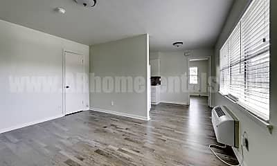 Living Room, 115 N Taylor St, 1