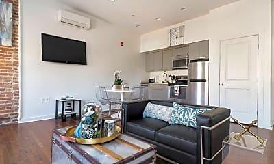 Living Room, 613 Portland St, 2