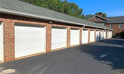 Building, 2424 Selwyn Ave, 2