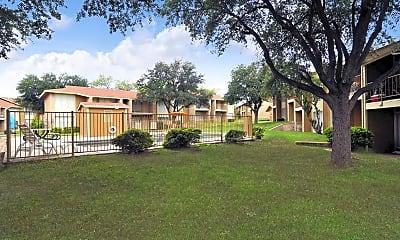 Building, Plaza Square Apartments, 0