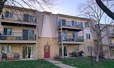 Building, 4334 MELODY LN #207, 2