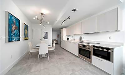 Living Room, 501 NE 31st St 3307, 1
