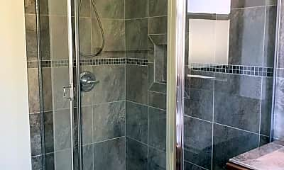 Bathroom, 5935 Agnes Ave, 2