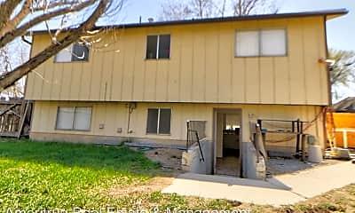 Building, 572 W 1020 S, 0