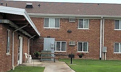 Affordable Senior Citizen Apartments-Lawn, 2