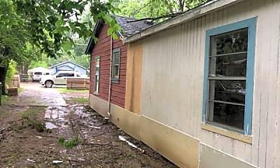 Building, 8718 Dunlap St, 2