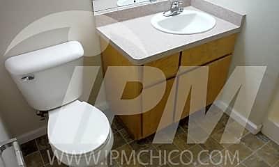 Bathroom, 1099 Columbus Ave, 2