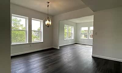 Living Room, 2704 Benton Blvd, 1