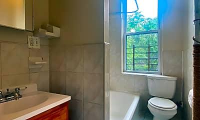 Bathroom, 3924 Broadway 3-A, 2