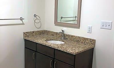 Bathroom, 263 Water St, 2