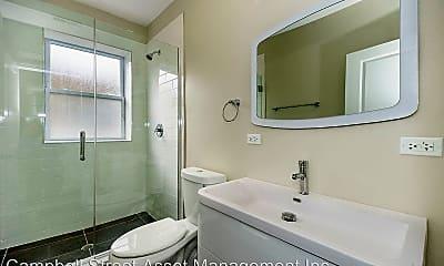 Bathroom, 1507 W Bryn Mawr Ave, 1