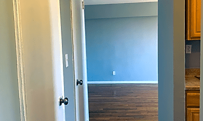 Living Room, 83-96 118th St, 1