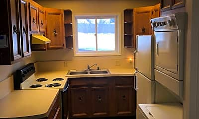 Kitchen, 3947 Lynn Dr, 0