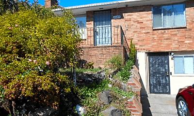 Building, 4606 S Holden St, 0