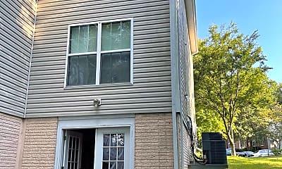 Building, 13700 Pine Needle Ct, 1