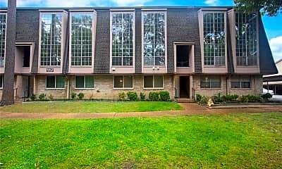 Building, 12633 Memorial Dr 247, 0
