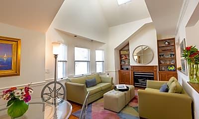 Living Room, 107 Brinley Ave 4, 1