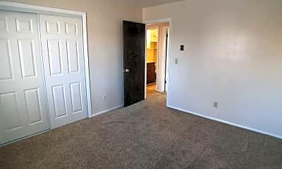 Living Room, 1 400 W, 2
