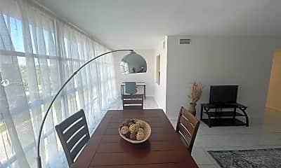 Living Room, 2000 Atlantic Shores Blvd 509, 1